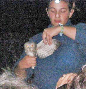 Hawk-Ridge-naturalist-at-owl-night-in-Duluth