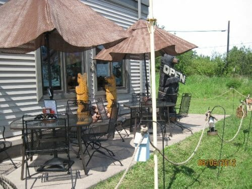 approaching the Lemon Wolf Cafe in Beaver Bay, MN, photo