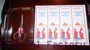 scissors-center-bookmarks