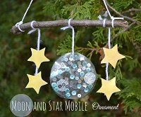 Moon-and-Star-Mobile-Ornament-9