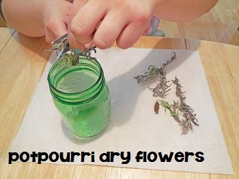 potpourri-when-flower-is-dry