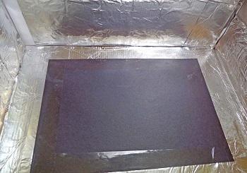 tape-black-paper-in-the-box-bottom