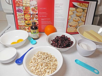 cranberry-cookie-recipe-in-book