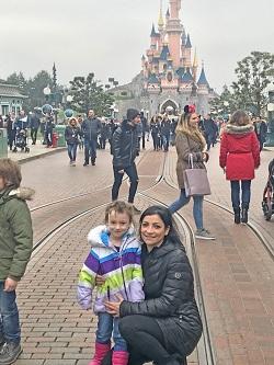 Disneyland-Paris-castle