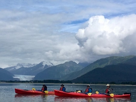 Kayaking-Mendenhall-Glacier-in -Juneau