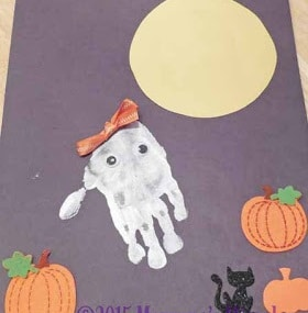 Halloween-Handprint-art-idea