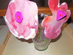 tracing-coasters-to-make-flowers-in-vase-project (1)