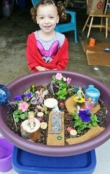 Miss-Owl-plants-a-fairy-garden